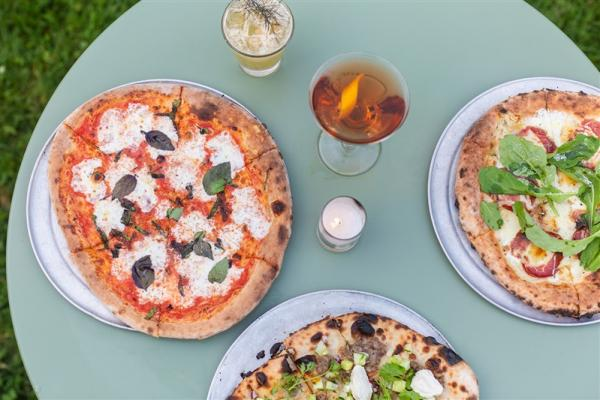 Neopolitan Pizzas and Cocktails